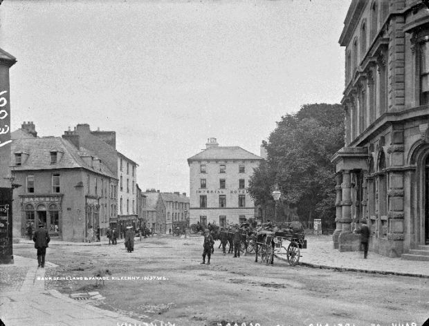 Kilkenny City, Parade junction, c1900. Jarvey taxis are outside the Bank of Ireland, a Free State garrison during the Battle of Kilkenny in May 1922. The Imperial Hotel is at the corner of Rose Inn Street, centre background. The hotel was a pivotal position for antiTreaty forces and was subjected to a heavy assault by Free State forces. Photograph: National Library of Ireland