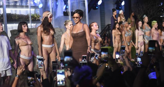 buy online 4cc20 e22db New York Fashion Week: Rihanna's body positive lingerie show