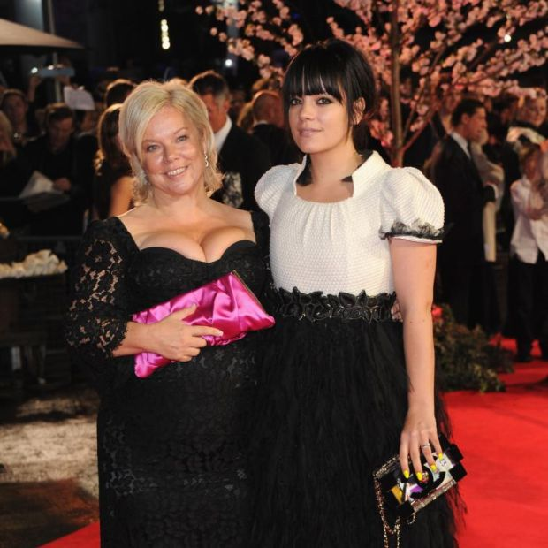 6a830e461ec7d1 Lily Allen: the singer with her mother, Alison Owen, in 2013. Photograph