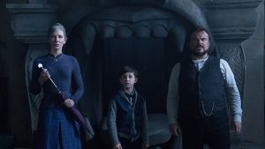 Cate Blanchett, Owen Vaccaro and Jack Black in The House With a Clock in Its Walls