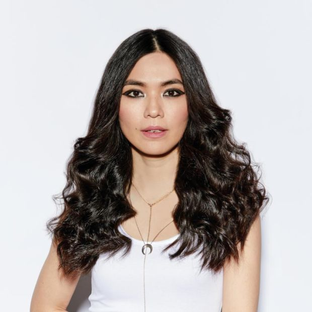 Ghd Oracle: modern wave curls