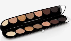 Marc Jacobs Beauty: the Eye-conic Longwear eyeshadow palette