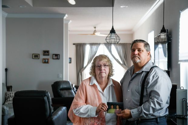 Pamela Lindemann and Larry Weglarz, two of Geoffrey Weglarz's siblings, who called New York police repeatedly over the course of a week, asking in vain that offices look for their brother. Photograph: Eve Edelheit/New York Times