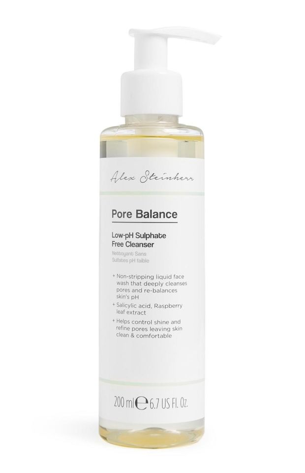 Pore Balance Low pH Sulphate-Free Cleanser.