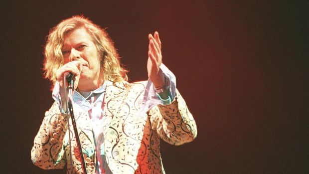 David Bowie performs at Glastonbury on June 25, 2000