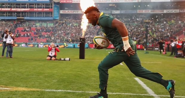 e7d0be9a94d Siya Kolisi became the first black player to lead South Africa out for a  full test