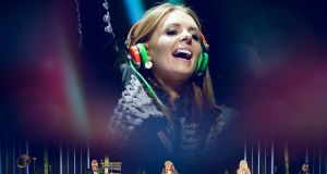 Jenny Greene on stage with the  RTÉ Concert Orchestra