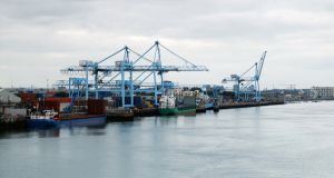 Container docks in Dublin Port
