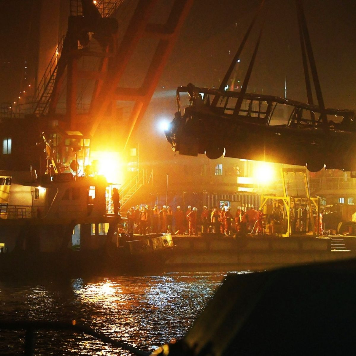 Uproar in China after fight on bus leads to fatal bridge plunge