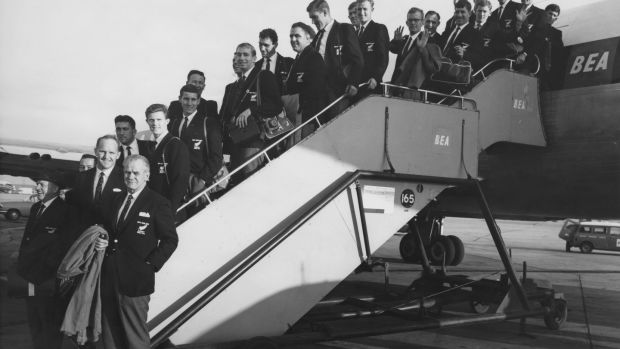 The All Blacks arrive at London Airport in 1963 for their tour. Photo: Ted West & Roger Jackson/Central Press/Hulton Archive/Getty Images