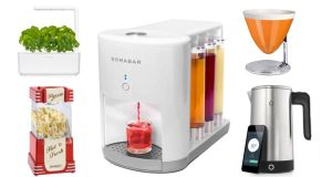 Kitchen gadgets: retro popcorn maker, Click & Grow Smart Garden, Somabar, Bugatti Uma scales and iKettle