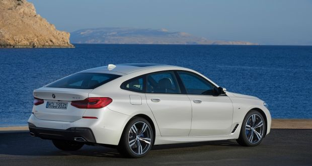 97 Bmw 6 Series Renamed 5 Series Gt Hatchback Is A Load Lugging Limo