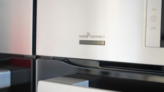 The Home Connect app allows you to remotely monitor and control your Bosch fridge freezer from your smartphone or tablet for greater convenience