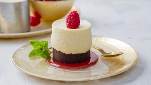 Vanessa Greenwood's white-chocolate mousse cake. Photograph: Harry Weir