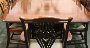 Triple pedestal dining table and 14 chairs achieved €1,950 and €1,000 through Hegarty's in Bandon