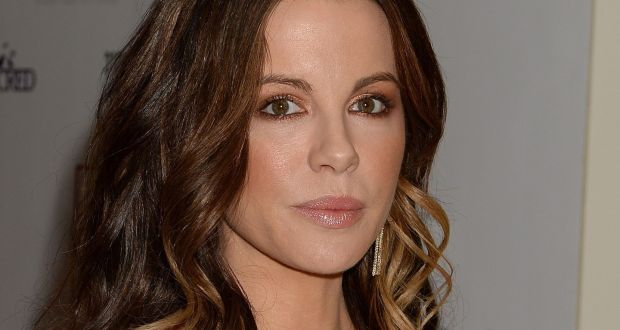 kate beckinsale joins 60 celebrities calling for abortion rights in