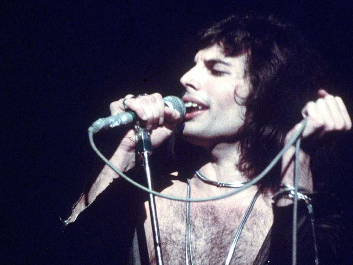 Freddie Mercury: Bohemian Rhapsody is no tribute  It's full