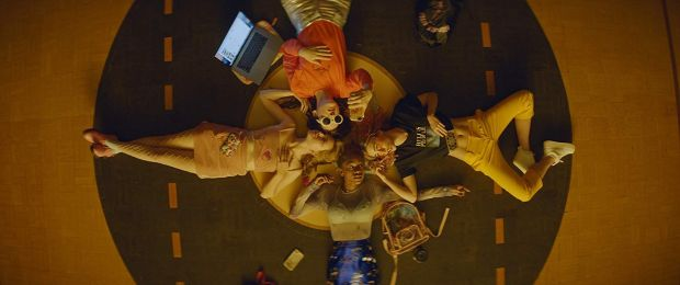Odessa Young, Suki Waterhouse, Hari Nef, and Abra in Assassination Nation