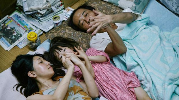 Lily Franky and Sakura Andô in Shoplifters