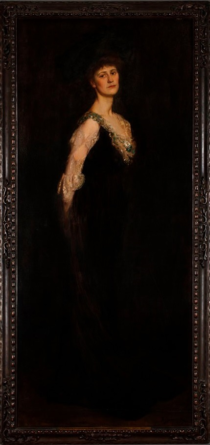 A portrait of Constance Markievicz, the first woman elected to the House of Commons, was gifted to the UK Parliament by the Oireachtas.