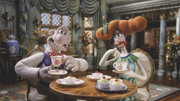 Wallace is smitten with Lady Tottington Wallace & Gromit: The Curse of Were-Rabbit