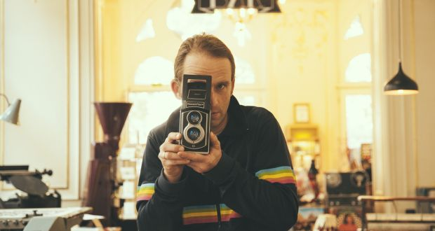 Shake it like a Polaroid picture: the return of instant