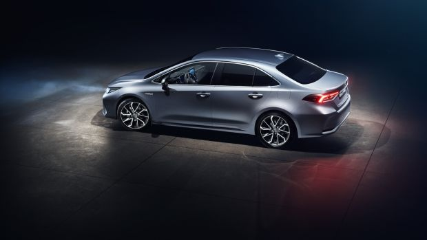 New Toyota Corolla saloon: replacing the current Avensis which is being discontinued