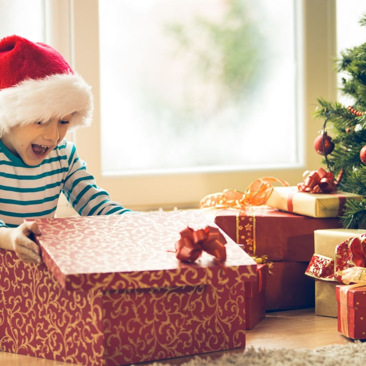 Christmas Gifts For Kids.Looking For Last Minute Gifts For Kids Here Are Seven Shops