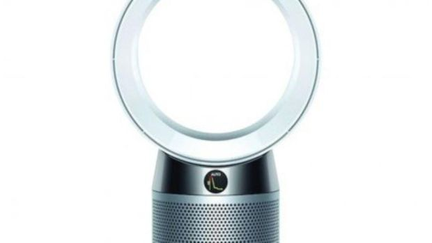 Dyson Pure Cool Desk Air Purifier provides you with clean air in your home
