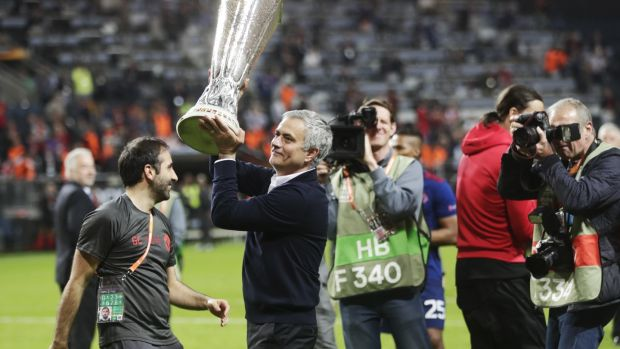 Mourinho celebrates with the Europa League trophy in 2017. Photo: Nils Petter Nilsson/Getty Images