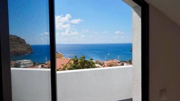 Madeira: Views over the ocean from the modern house with three bedrooms, gym and triple garage
