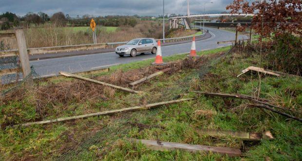 Man dies in single vehicle crash in Co Cork