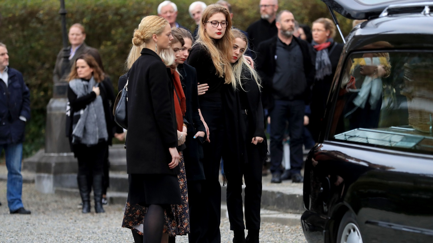 Mourners Bid Farewell To Beguiling Critic Eileen Battersby