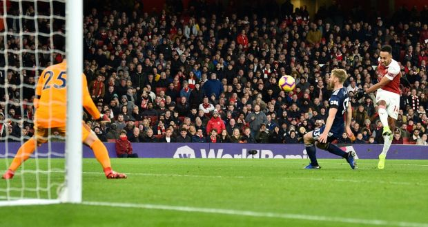 Pierre Emerick Aubameyang Scores Arsenals Fourth Against Fulham Photograph Glyn Kirk AFP