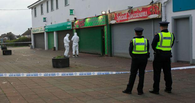 54fbfa08d05260 Gardaí at the scene of a shooting at Mizzoni s takeaway in Edenmore
