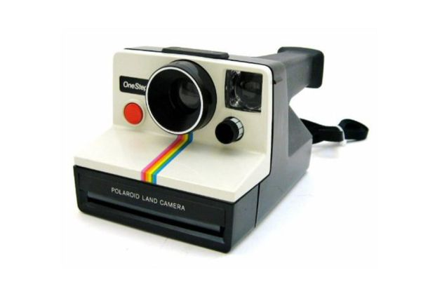 Shake it like a Polaroid picture: the return of instant photography