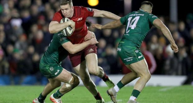 17264d4d45313 Munster's Chris Farrell in action against Connacht. Photograph: Bryan  Keane/Inpho