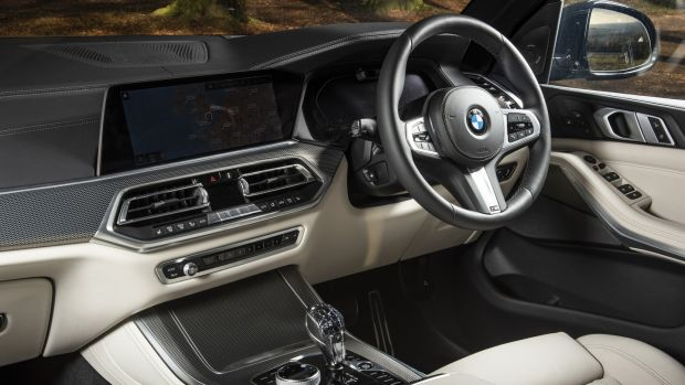 Cabin of BMW X5 30d M Sport – where even the cupholders can be temperature controlled