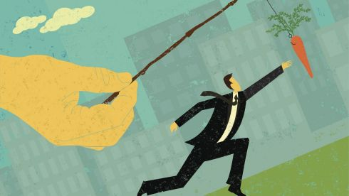 Work perks: men more likely to get bonuses, women flexitime