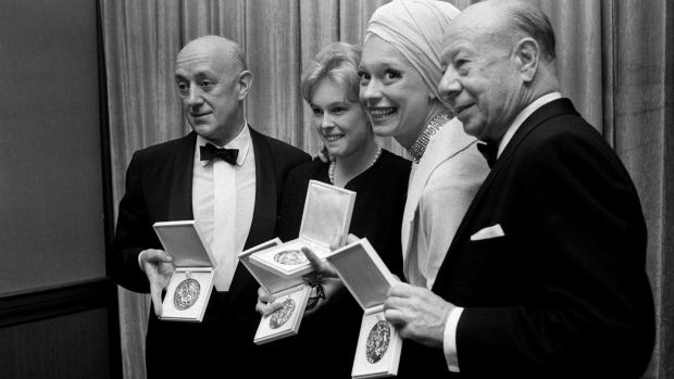 Carol Channing joins fellow Tony Award winners Alec Guinness, Sandy Dennis and Bert Lahr after the awards ceremony in New York on May 24th, 1964. Photograph: Larry C. Morris/The New York Times
