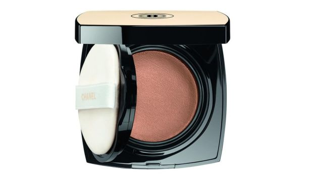 Chanel Les Beiges Healthy Glow Gel Touch Foundation SPF25 (€55 at Brown Thomas)