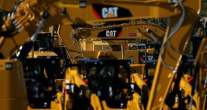 Caterpillar  said demand in the North American market from the construction industry was still very strong, helped by a healthy economy and new pipelines being built by the oil and gas industry