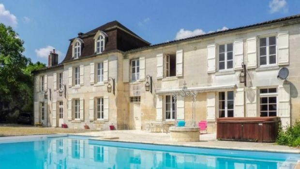 Jarnac: this logis has wooden panelling, stone stairs, oak floors and decorative plasterwork