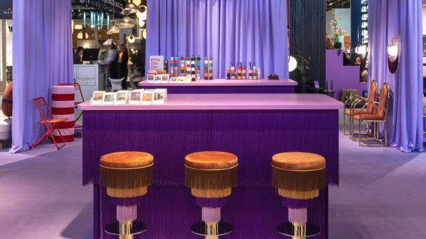 Houtique launched its new and super sexy Dejávú bar stools with co-partners Masquespacio.