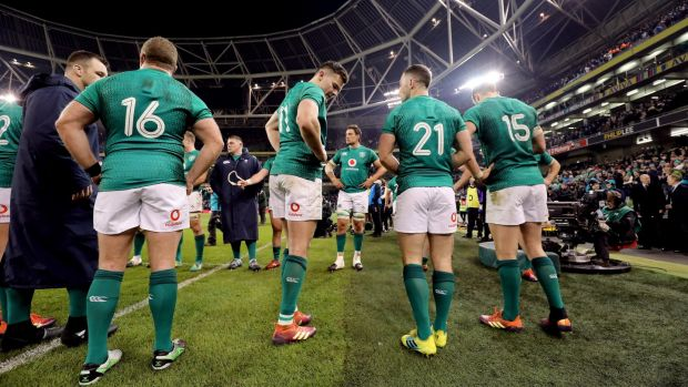 Ireland players get ready to applaud the English team off the field. Photograph: Tom Honan/The Irish Times
