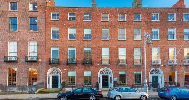 Merrion Square Duo With Mews For EUR12m