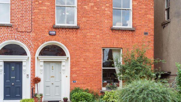 Sssh, its our ultimate best hidden bars of Dublin list | uselesspenguin.co.uk