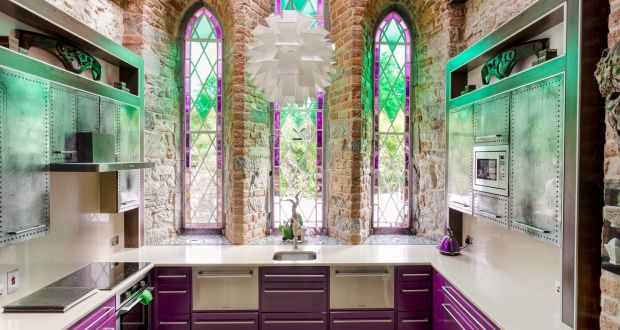 Sensational What A Heavenly Home From Dilapidated Church To Chic Retreat Interior Design Ideas Apansoteloinfo