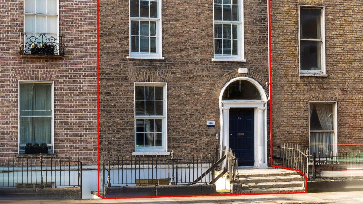 Georgian office building in Dublin 2 for sale for €1 8m