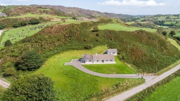 Beaches and Lough Hyne Nature Reserve are near this Skibbereen property